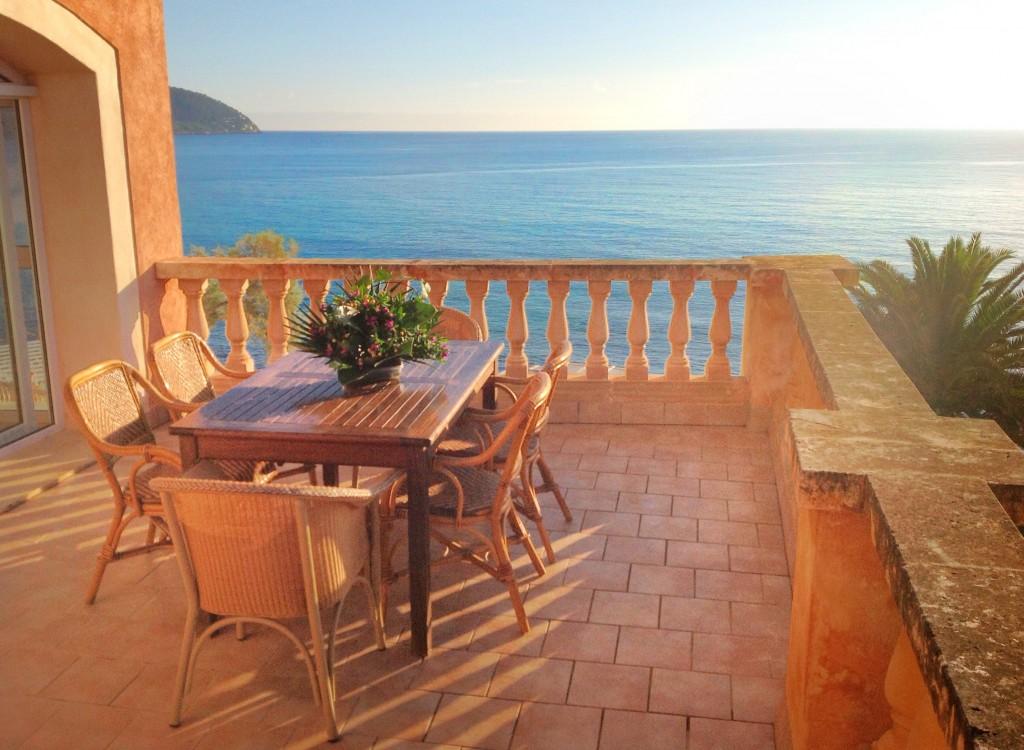 Long Term Rental Aparment Penthouse Avilable in Port Verd Mallorca